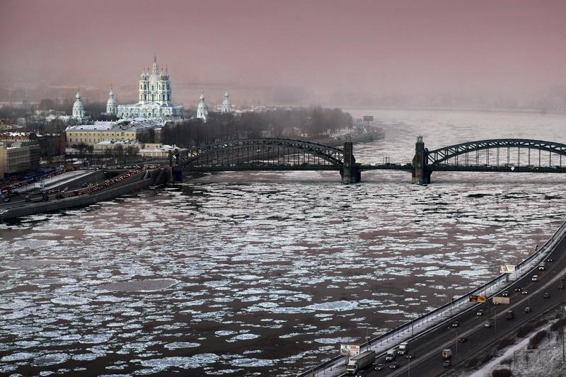 зима у смольного_tn