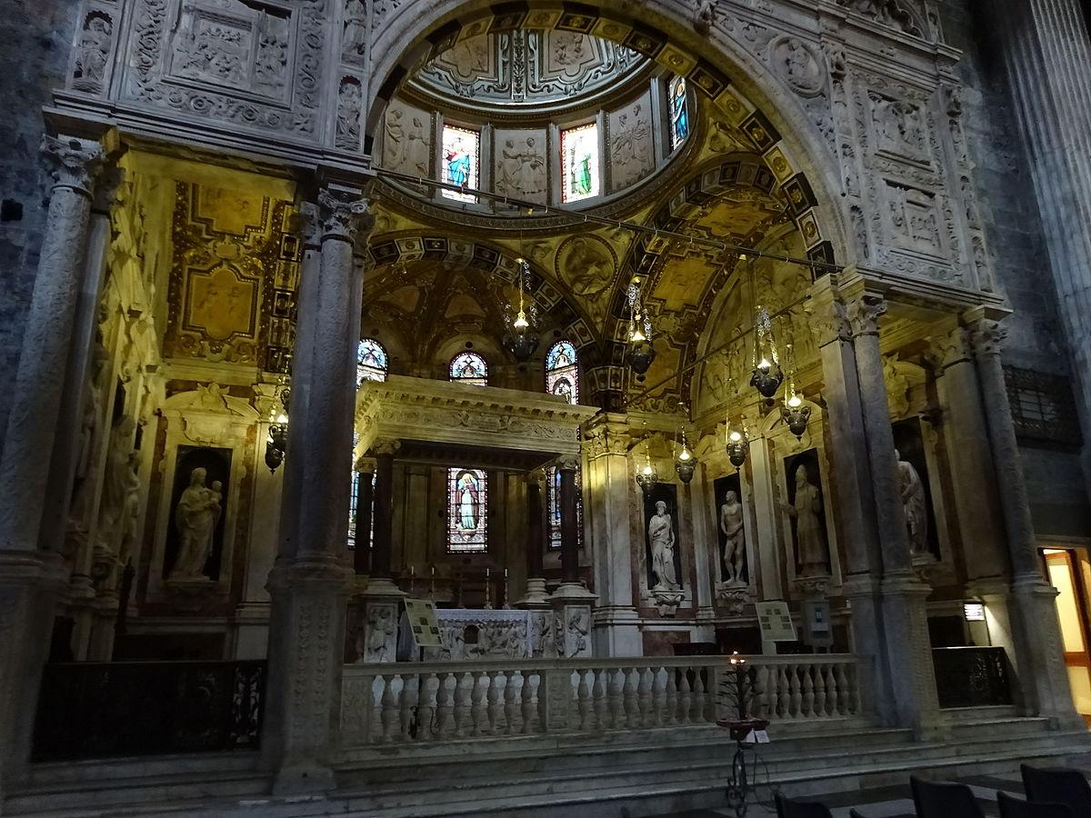 Гробница Иоанна Крестителя в соборе святого Лаврентия в Генуе