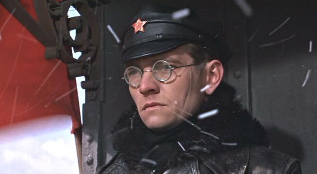 Том Кортни - Антипов/Стрельников по-голливудски
