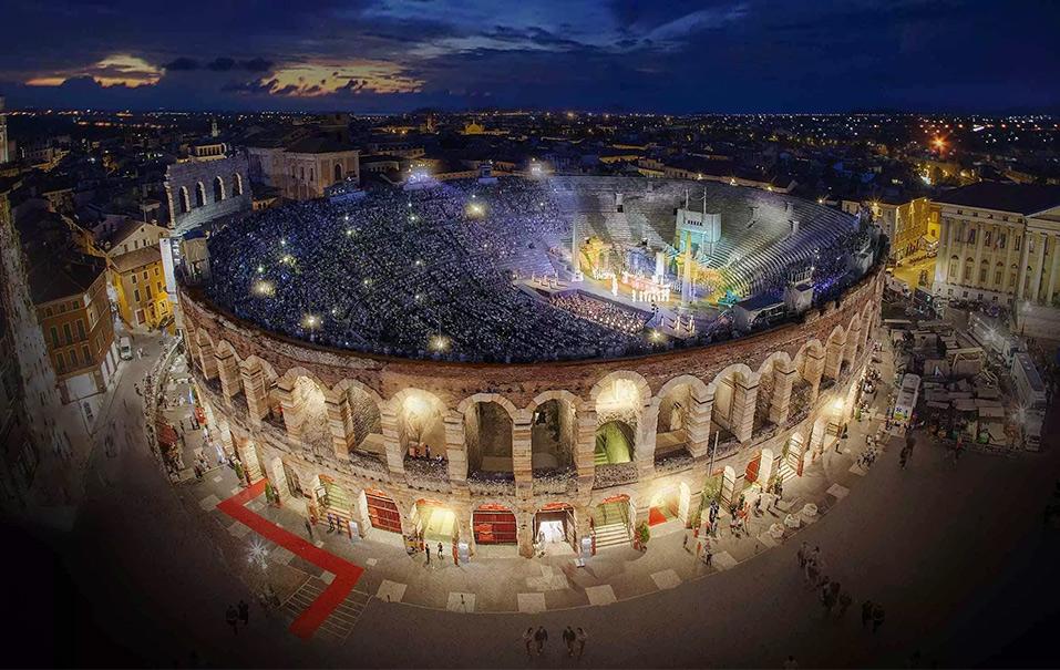 Оперный спектакль на Веронской Арене