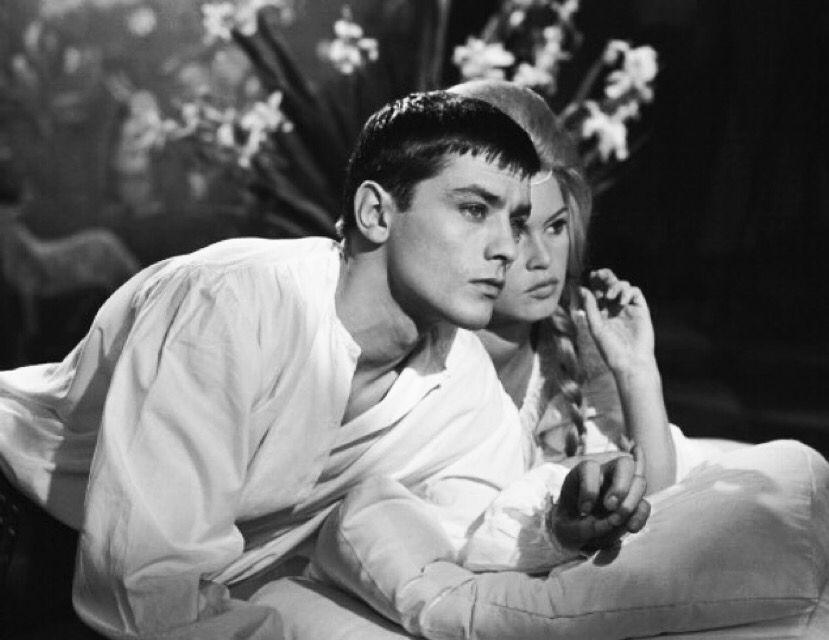 """Ален Делон и Брижит Бардо на съёмках фильма """"Знаменитые любовные истории"""""""