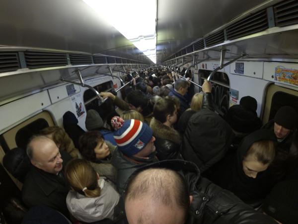 Секс в давке в метро