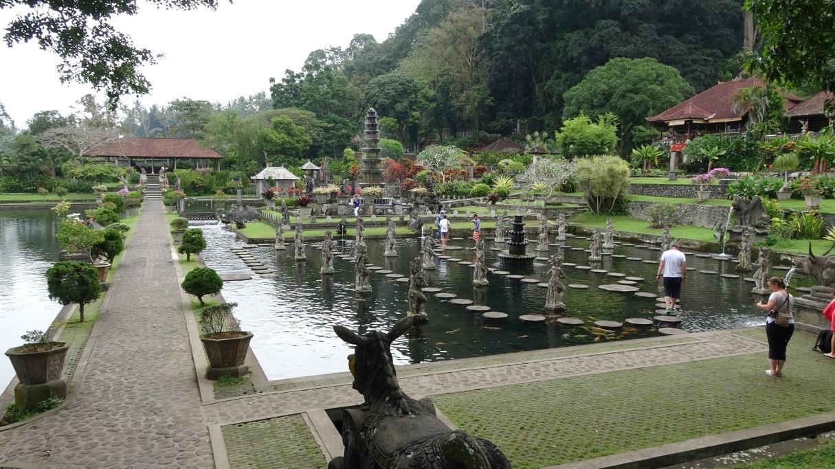 Водные дворцы Бали - Tirta Gangga и Ujung Water Palace -