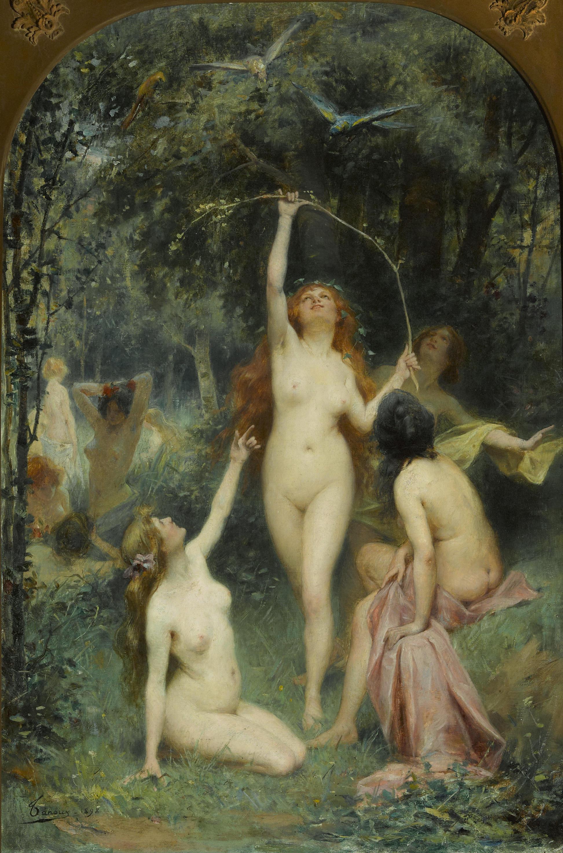 Фото женщин раздевающихся в лесу 2 фотография