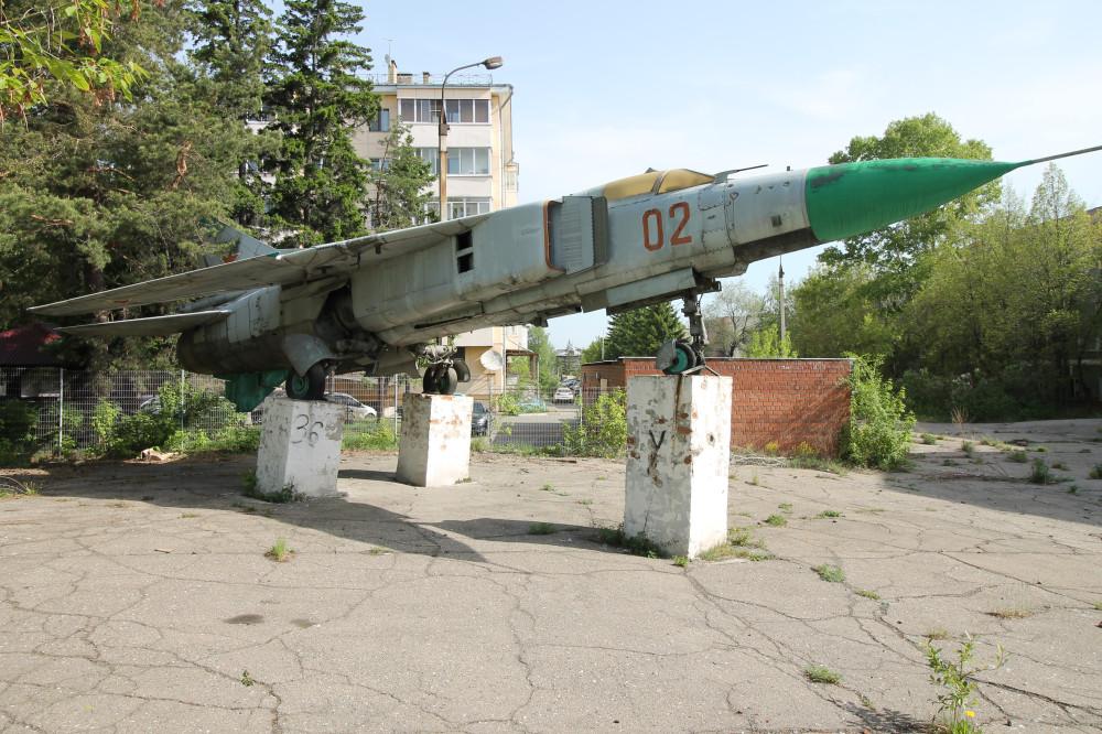ИВВАИУ. Забытый памятник. Миг-23.