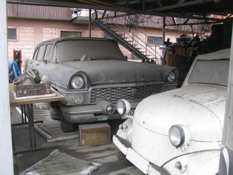 Предмостье Академического моста Иркутска, редкие машины. 1960s,1970s,1950s