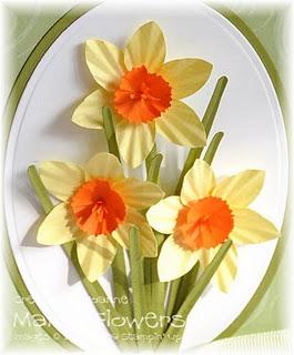http://joanne-mainlyflowers.blogspot.com/2009/03/daffodil-tutorial.html