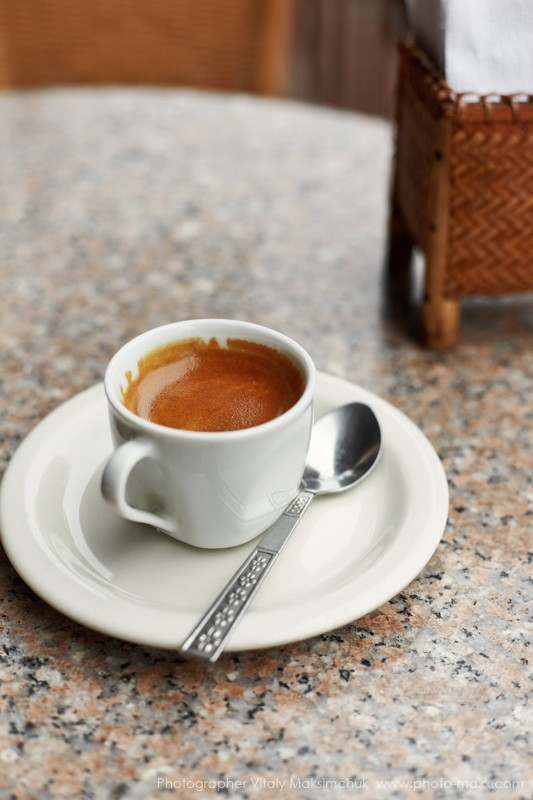 Espresso-on-table