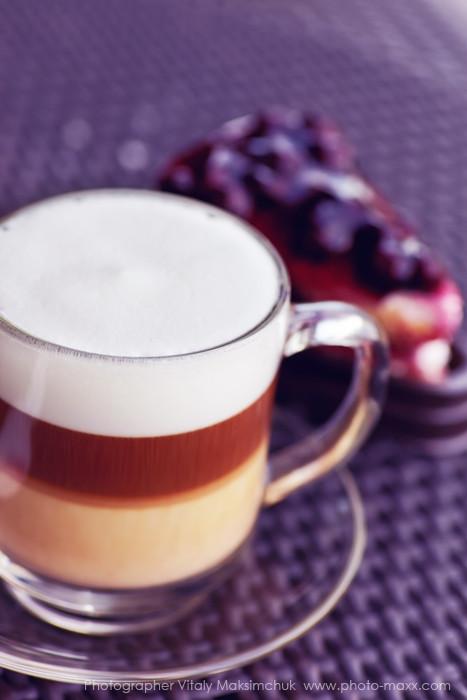 Latte-and-desert