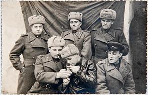 Офицеры Красной Армии - старая фотография