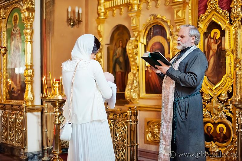 крестины в даниловском монастыре