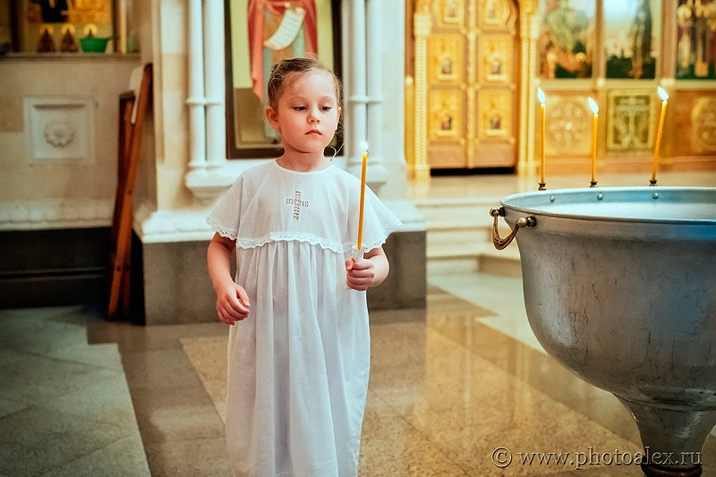крестины в храме христа спасителя