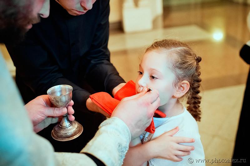 крещение в храме христа спасителя