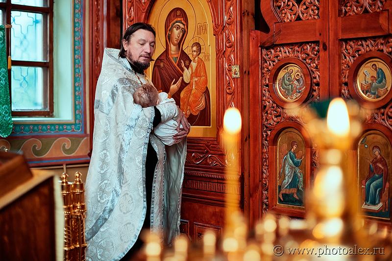 фотосъемка крестин в Донском монастыре