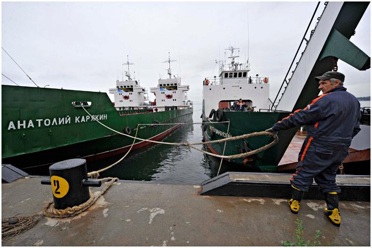 paz-ships-08-2013-01
