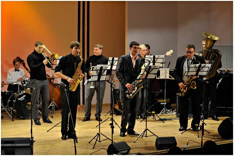 saxophone-11-2013-01