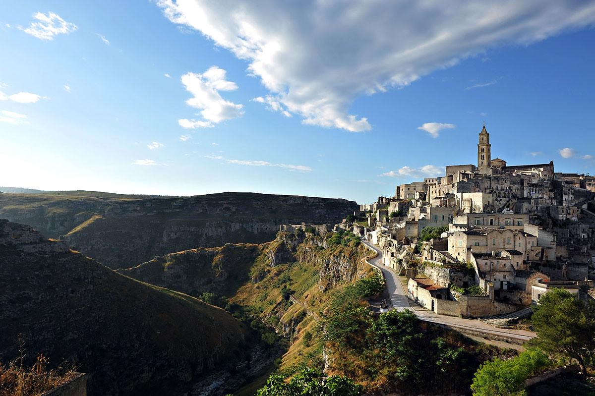 cave-hotel-sextantio-le-grotte-della-civita-20