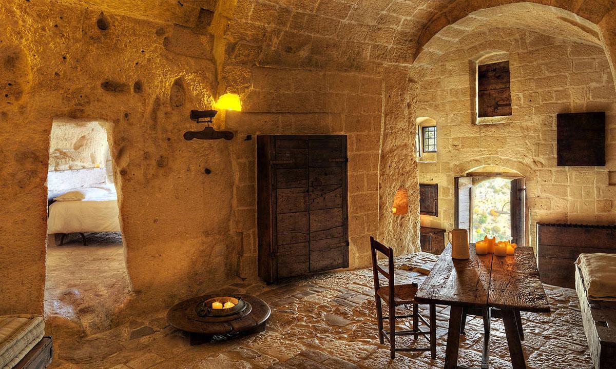 cave-hotel-sextantio-le-grotte-della-civita-11