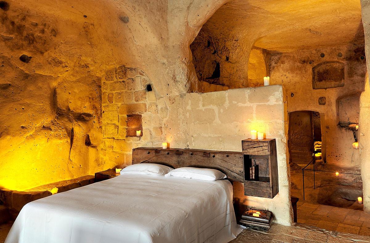 cave-hotel-sextantio-le-grotte-della-civita-13