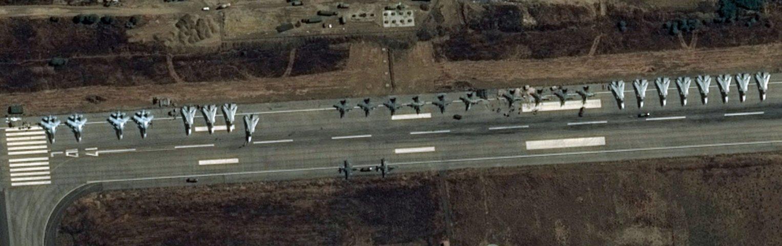 26.09.2015-Сирия-Латакия.-Су-30-СМ-Су-24-и-Су-25.jpg
