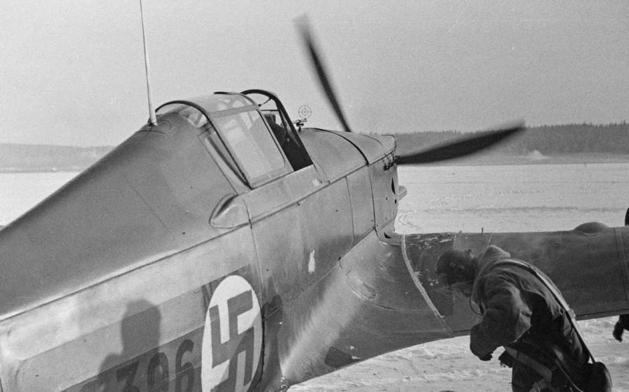 Финский истребитель