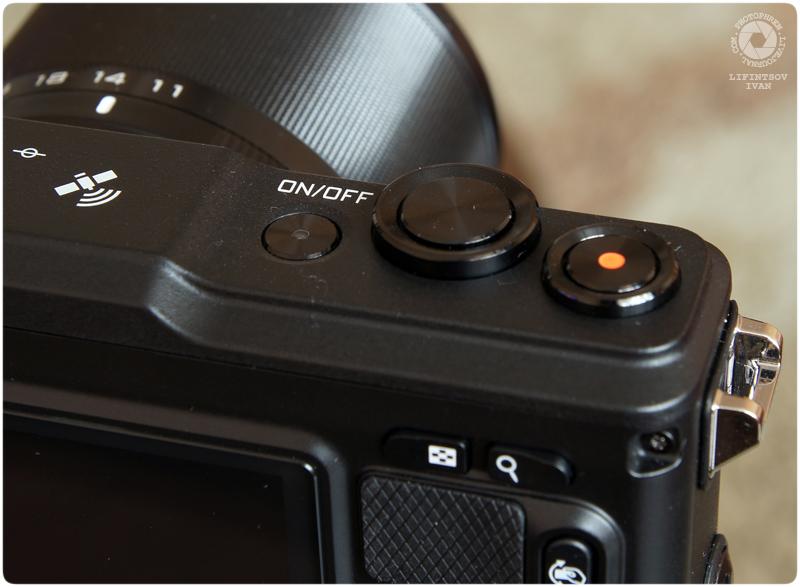 Nikon 1 AW1 8