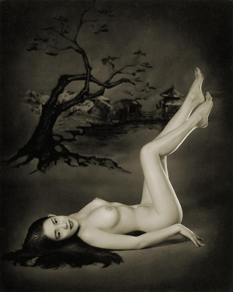 Free nude oriental women