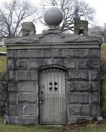 креативные могилы8