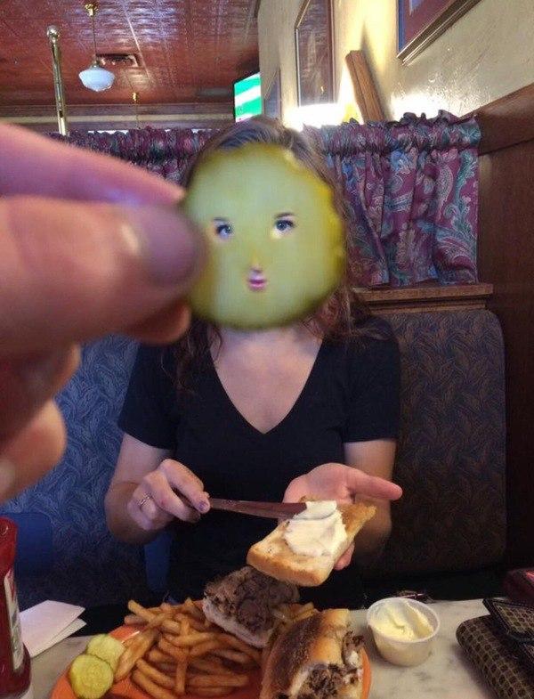 аппетитная девушка