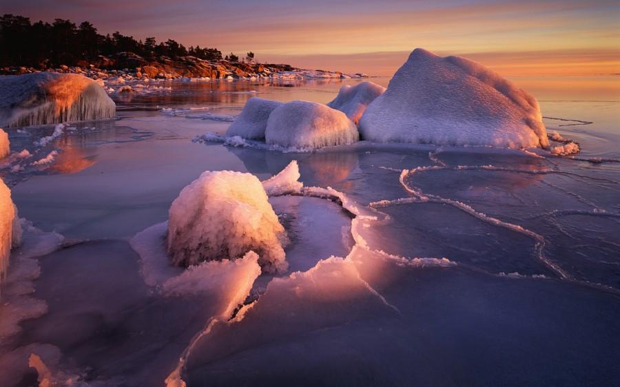 Лёд на берегу