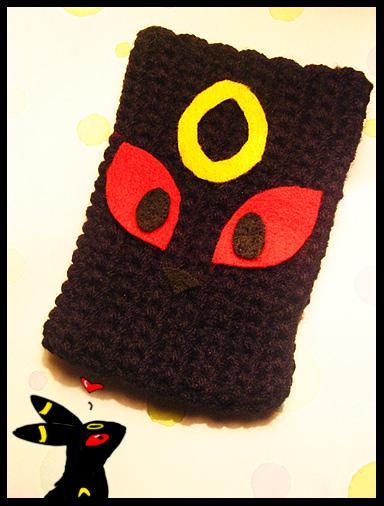 Crocheted Umbreon iPod Case 8D - POKEMON