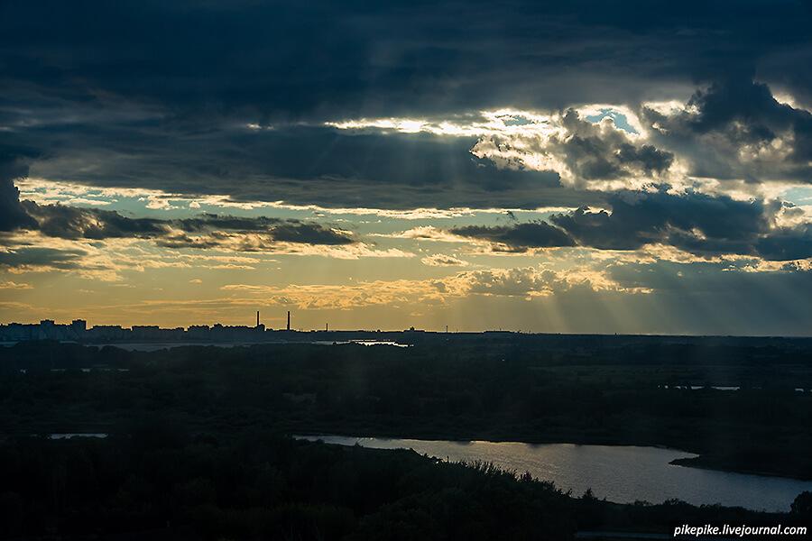 НКД. Вид на вечерний Нижний Новгород