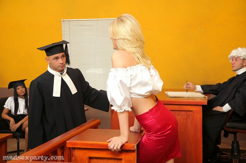 порно фото суд