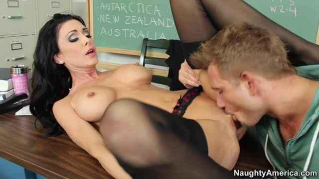 Секс відео с училкой фото 362-604
