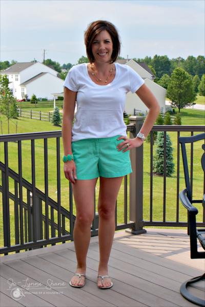 Жена в прозрачной мини юбке фото 273-627