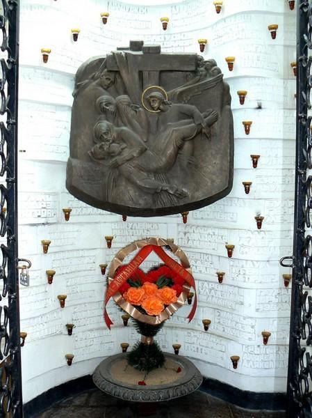 monument-minsk-01-18-s
