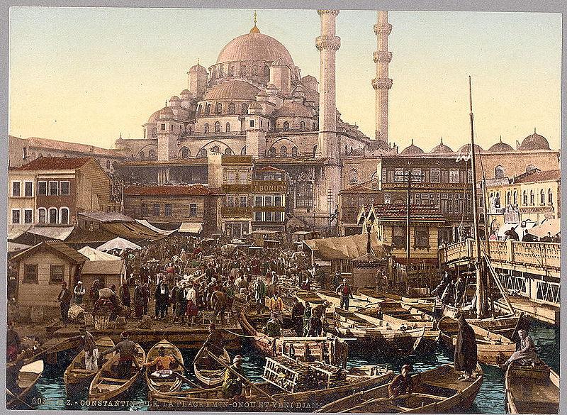 800px-Yeni_Cami_mosque_and_Eminönü_bazaar