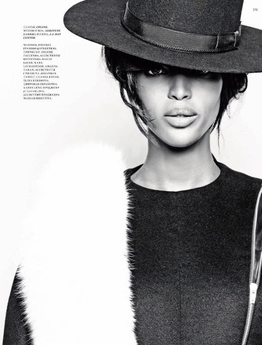 Naomi-Campbell-Harpers-Bazaar-Russia1