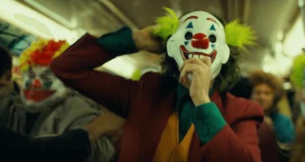 Joker-FInal-Trailer-Clown-Mask-Subway