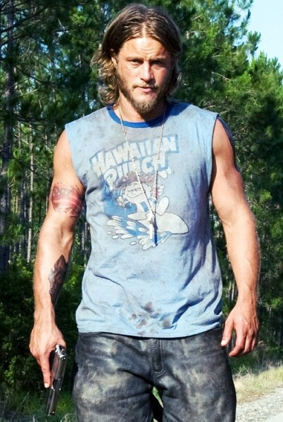 travis-fimmel-the-baytown-outlaws