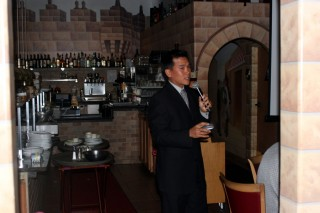 Eric Cheng, presenting