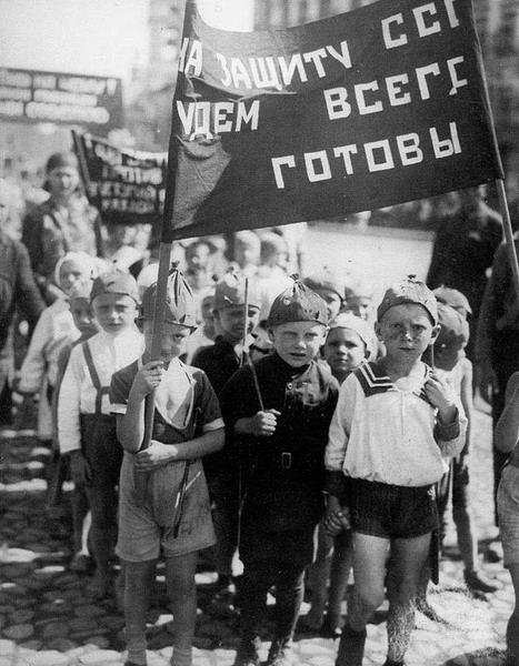 1367251037_image-viqov9-russia-biography_resize