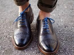 перфорация - минус один, цветные шнурки - минус 2.