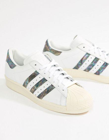"""ракушки"" https://www.asos.com/ru/adidas-originals/krossovki-v-stile-80-h-adidas-originals-superstar/prd/9461459?clr=belyj&SearchQuery=adidas%20originals%20superstar&gridcolumn=1&gridrow=6&gridsize=4&pge=1&pgesize=72&totalstyles=31"
