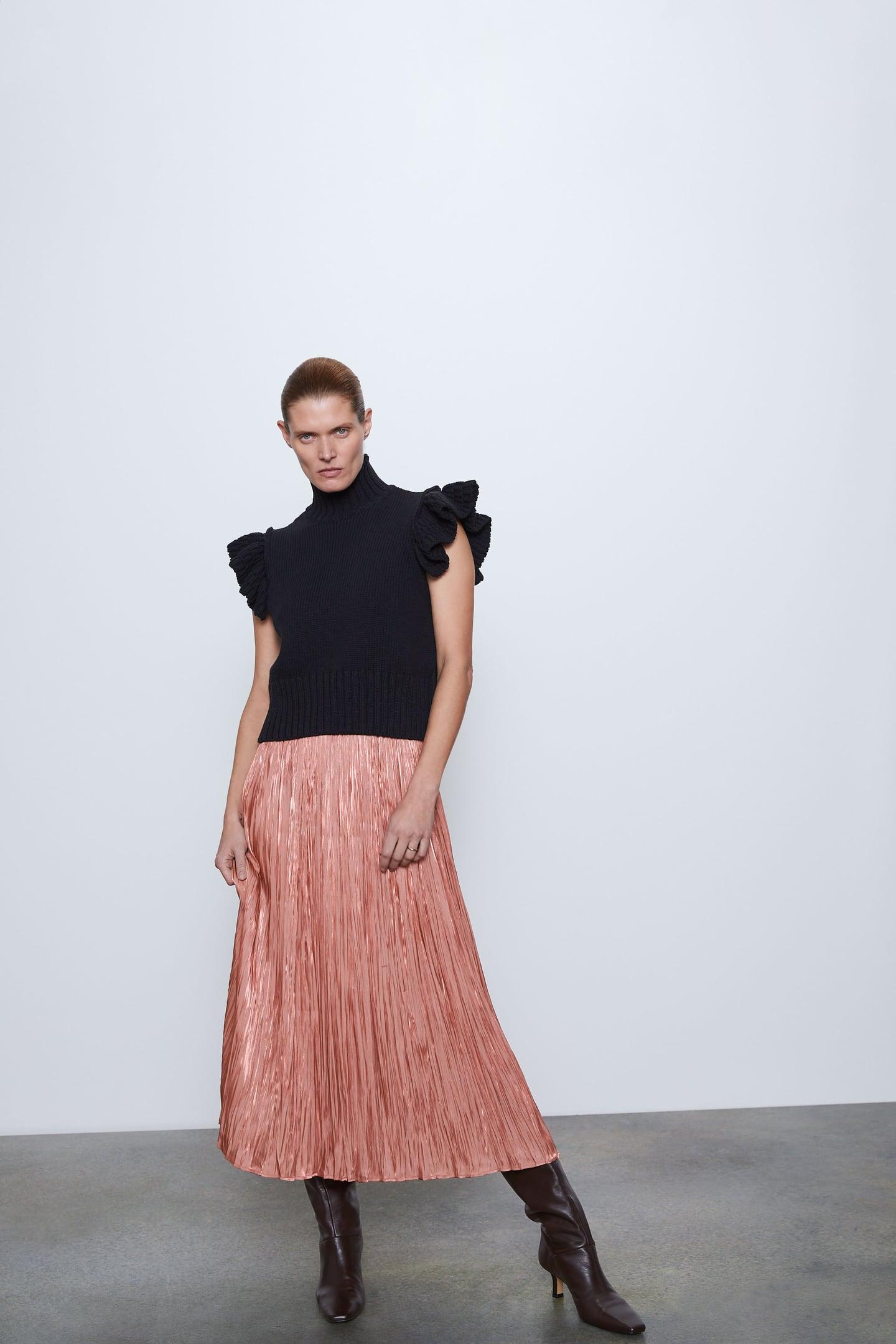 https://www.zara.com/ru/ru/pleated-satin-finish-skirt-p04387032.html?v1=34129698&v2=1445719