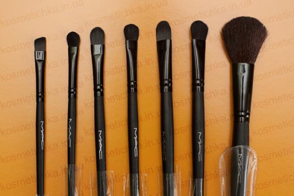 18_makeup_brushes_mac_10