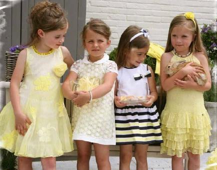 детский сад появляется обычно от фасончиков, расцветочек, воланчиков,  характерных для летних девочковых платьиц 20c7f34f471