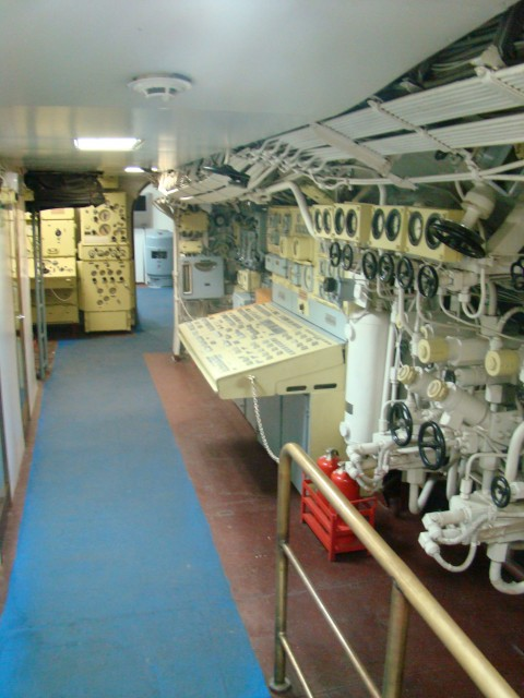 Как называются окна в подводной лодке