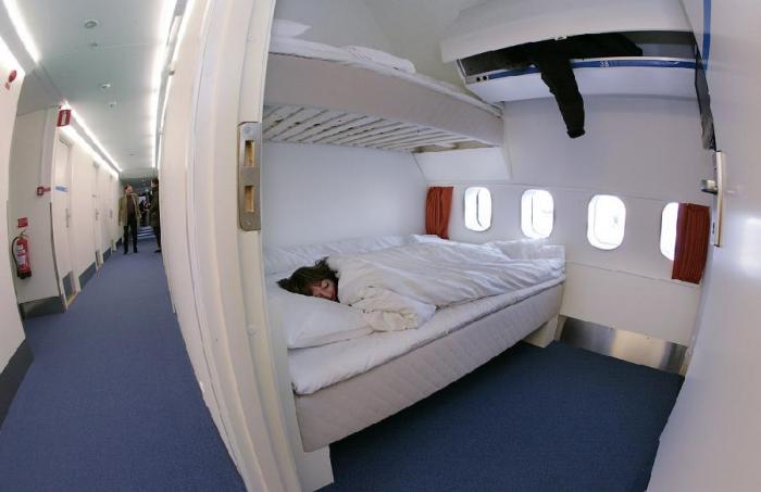 Plane_hotel_02