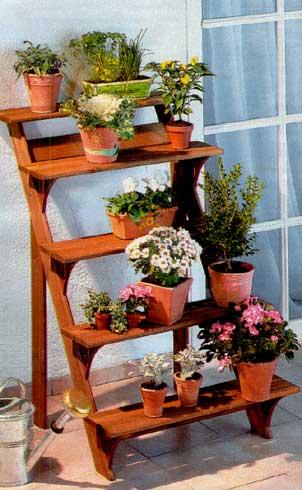 Этажерка для цветов на балкон